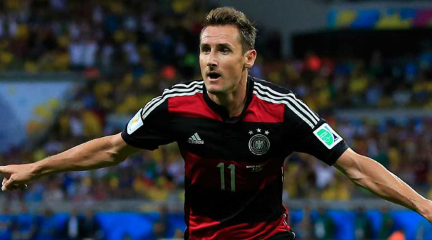 Jogador alemão Klose.