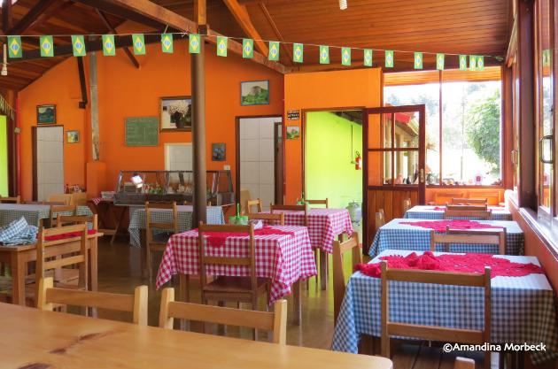 Restaurantes rurais fazem parte das opções de lazer por aqui.