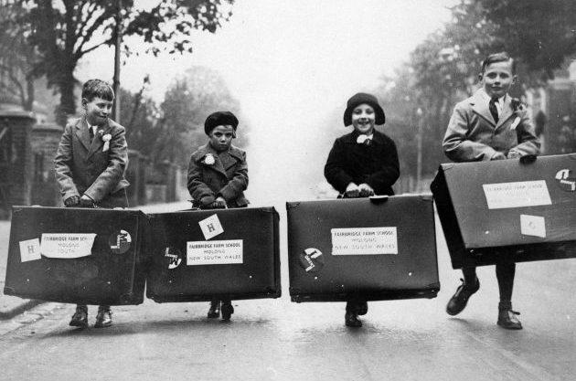 """Crianças britânicas a caminho de uma """"nova vida"""" - Foto: Reprodução."""